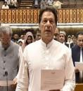 """أسطورة الكريكيت السابق """"عمران خان"""" يؤدي اليمين رئيسا لحكومة باكستان"""