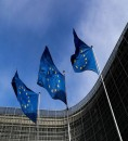 """الاتحاد الأوروبي يتحدى واشنطن """"بعزيمته الصلبة"""" في التعاون اقتصاديا مع إيران"""