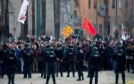 مدريد تحذر برشلونة باستعادة الامن في كتالونيا