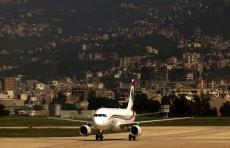 شركة طيران الشرق الأوسط اللبنانية تعلن قبولها الدفع بالدولار فقط