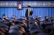 """إيران تتخذ اجراءات احترازية لحماية خامنئي من """"كورونا"""" """