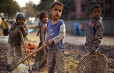 86 مليون طفل مهددون بالفقر