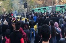احتجاجات شعبية تنتظر نظام إيران جراء العقوبات الأمريكية
