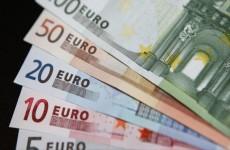 اليورو قرب أقل مستوى  له في 13 شهر