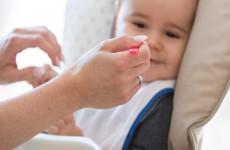 متى تقدمين الأطعمة الصلبة لرضيعك؟