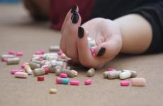 تناول الحبوب دون ماء.. تعرف على خطورة 6 طرق شائعة لتناول الأدوية