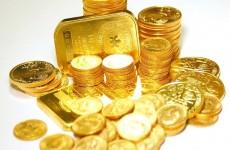 اسعار الذهب تتراجع في الاسواق العالمية بفعل ارتفاع الدولار