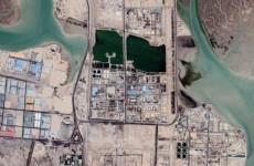 الاعلام الايراني: حريق يطال منشأة للمواد البتروكيماوية جنوب غرب إيران