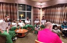 درجال يُهاتف وفد منتخب السلة ويعدهم بالتكريم حال الفوز على البحرين