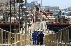 العراق يتوقع ارتفاع سعر النفط إلى 60 دولاراً للبرميل في الربع الثاني من 2021