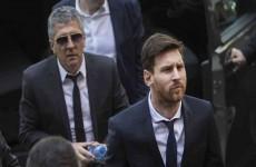 الاسطورة ليونيل ميسي يقترب من تجديد عقده مع نادي برشلونة