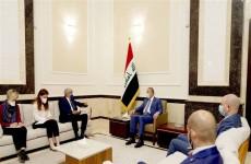 الكاظمي والسفير الفرنسي يبحثان تسهيل عمل الشركات الفرنسية في العراق