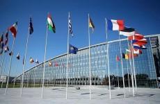 الناتو يدرس امكانية عدم نشر صواريخ نووية في أوروبا