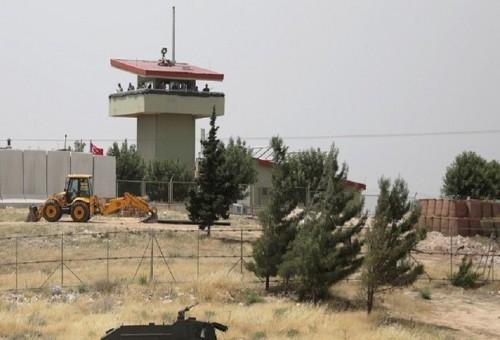 """الولايات المتحدة تبدأ إنشاء مركز العمليات الخاص بإدارة """"المنطقة الآمنة"""" شمالي سوريا"""
