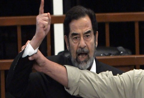 عراقي يواجه القضاء البريطاني بسبب طبيعة عمله في عهد صدام حسين