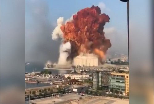 انفجار كبير في العاصمة اللبنانية (فيديو)