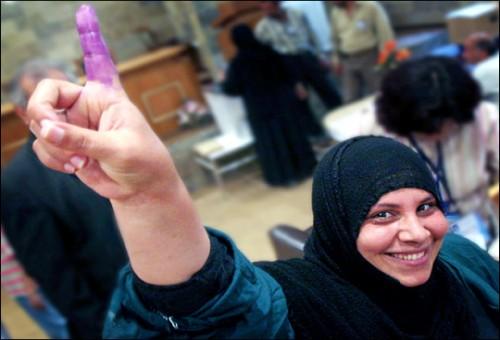 العراقيون بين آمال التغيير بالانتخابات... ومخاوف الذهاب إلى المجهول