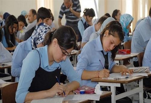 التربية تحسم الجدل بشأن وجود دورٍ ثانٍ لامتحانات الخارجي من عدمه