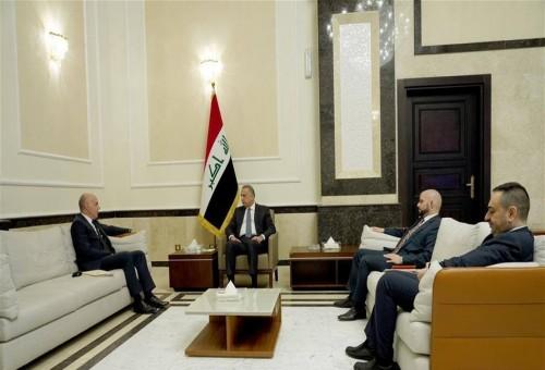 الكاظمي يبحث السيادة مع السفير التركي
