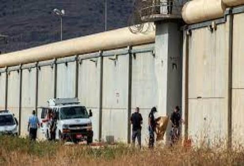 صحيفة عبرية تكشف عن فشل استخباراتي جديد بشأن هروب الأسرى الفلسطينيين
