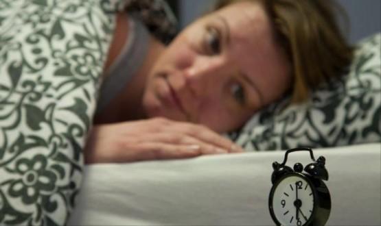 نصيحــة....لنوم هادئ وقبل الذهاب للفراش  ابتعد عن الاجهزة الالكترونية بنصف ساعة